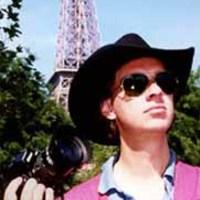 20200730123636 jag i paris liten2